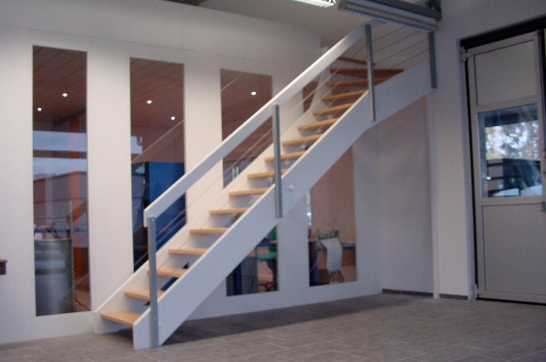 Treppen In Verschiedenen Ausführungen U2013 Wir Stellen Sowohl Günstige Wie Exklusive  Treppen Her.